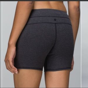 Lululemon groove shorts cotton